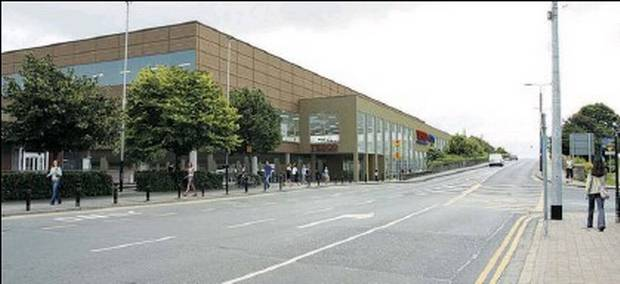 An artist's impression of what the new Tesco will look like when it reopens in August 2014