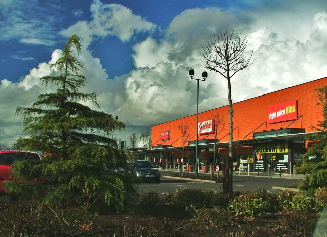 Plans for a new cinema at Dundalk Retail Park have been given the go ahead by An Bord Pleanála