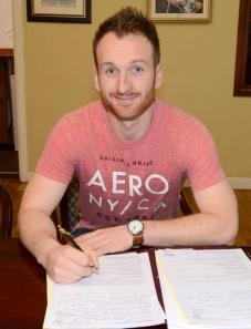 Stephen O'Donnell has signed a two year deal to remain at Dundalk FC