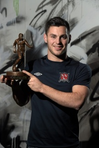 Pat Hoban with his SSE Airtricity / SWAI Player of the Month Award for October