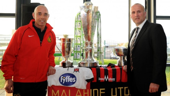 Kevin Craven of Malahide Utd and Martin Connolly of Dundalk FC at last night's partnership announcement between the two clubs in Gannon Park