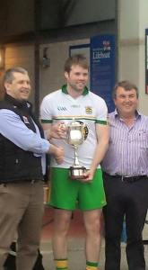 Gerard Smyth collects his Louth Poc Fada title from County Board chairman Des Halpenny last month. He will be hoping to lift the All-Ireland title when he takes to Annaverna on Saturday