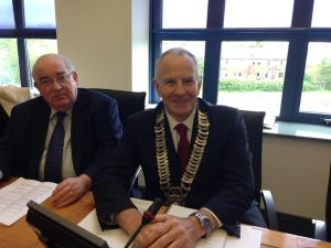Senator Paul Coghlan with Cllr Oliver Tully at yesterday's meeting of Louth County Council