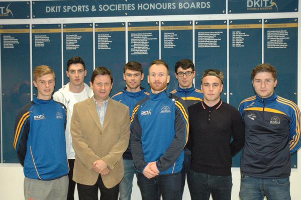 Stephen O'Donnell, with Dundalk IT president Denis Cummins and members of the Dundalk IT soccer team at his unveiling as the college's coach this afternoon